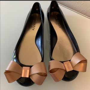 Flat Ted Baker Larmiar black rose gold